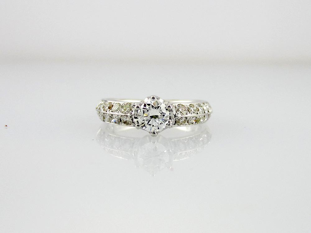ピンク宝石ダイヤリング